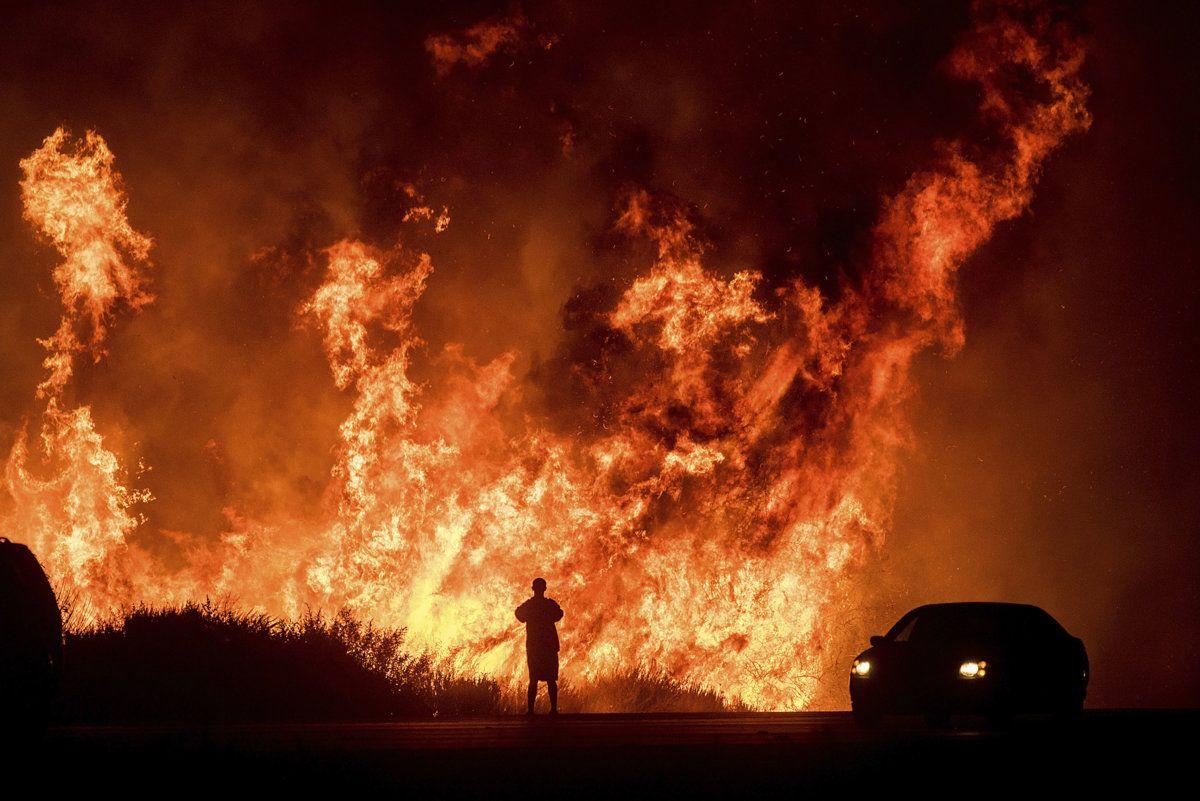 171207-california-wildfires-mc-1124_6ac14242c881273668992f055a5bd2d0.jpg