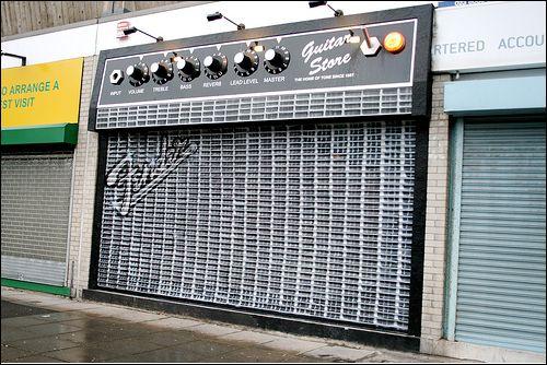 pic-guitar-store.jpg